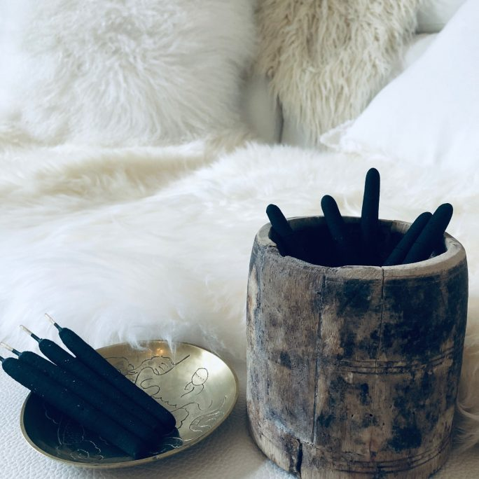Incense Sticks - White Sage Blend Breu Resin - Pack of 9